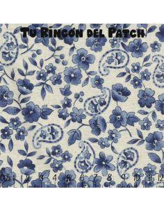 CC Azul: flores azules sobre crudo